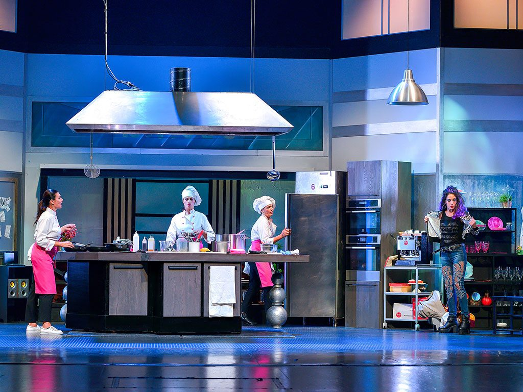 Belle ripiene cucine lube la spezia for Marletto arredamenti la spezia